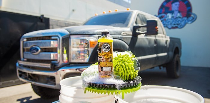 pickup truck detailing